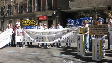Concentraciones Día del Padre 2011. Dia_del_padre_2009_PSOE%2001