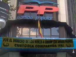 Concentraciones Día del Padre 2011. Partido-popular-derechos-nino